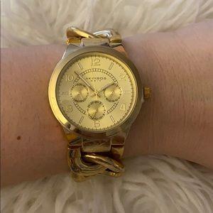 Aakribos XXIV | Gold Watch